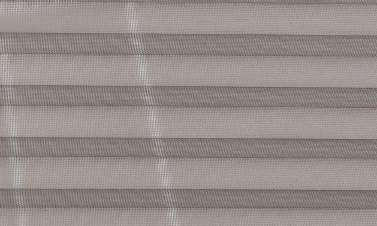 Plisséväv New york 7102 - Transparent - Flamskyddad - Metalliserad baksida - Lämplig i fuktig miljö - Komposition: 100% Trevira CS - Ljusäkthet (färgäkthet): ≥ 5-7 beroende på färg - Prisgrupp 2