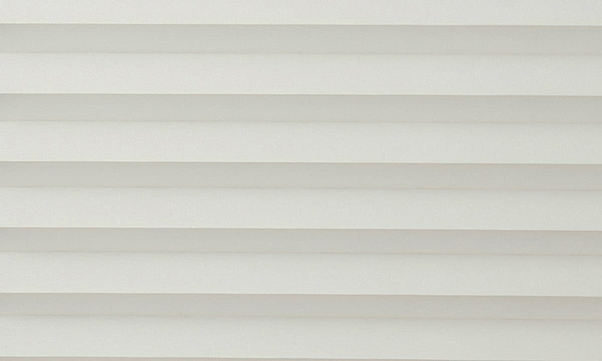 Plisséväv Basel 1218 - Semitransparent - Flamskyddad - Lämplig i fuktig miljö - Komposition: 100% polyester - Ljusäkthet (färgäkthet): ≥ 5-7 beroende på färg - Prisgrupp E