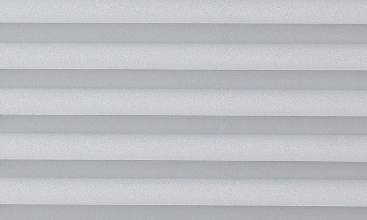 Plisséväv Frankfurt 7000 - Semitransparent - Flamskyddad - Metalliserad baksida - Lämplig i fuktig miljö - Komposition: 100% Trevira CS - Ljusäkthet (färgäkthet): ≥ 5-7 beroende på färg - Prisgrupp 2