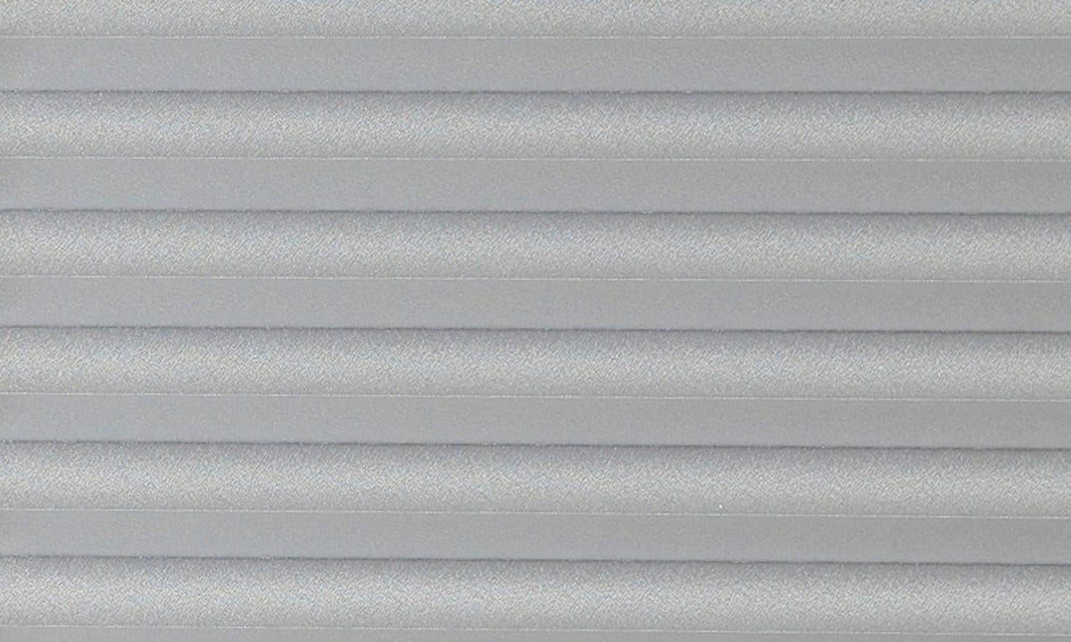 Plisséväv Frankfurt 7099 - Semitransparent - Flamskyddad - Metalliserad baksida - Lämplig i fuktig miljö - Komposition: 100% Trevira CS - Ljusäkthet (färgäkthet): ≥ 5-7 beroende på färg - Prisgrupp 2